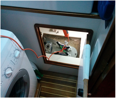 Inner Plate installation on 50' Defever – Luka Gyro Gale 4-fin zero-speed system for Trawler