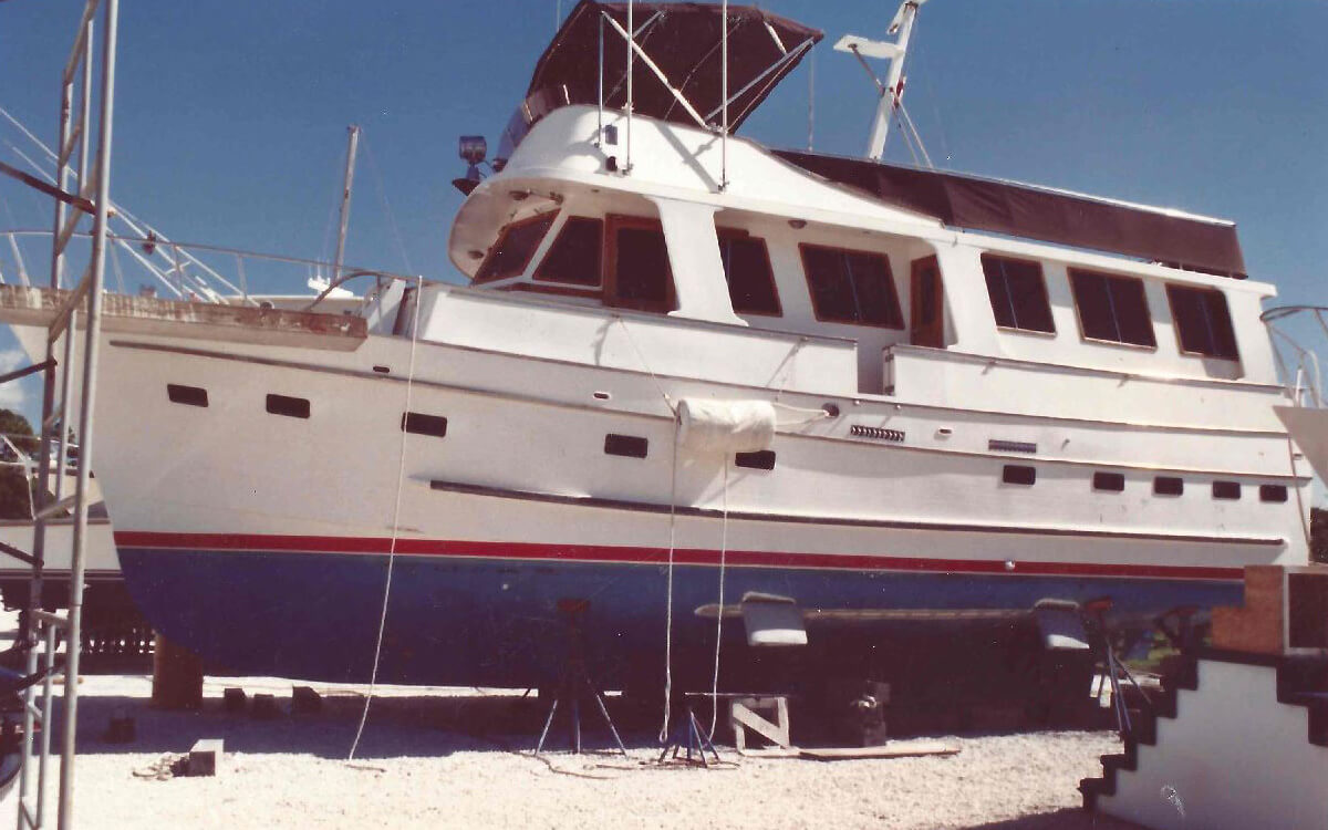 Boat Stabilizers - World's only air-operated marine gyro stabilizers for boats